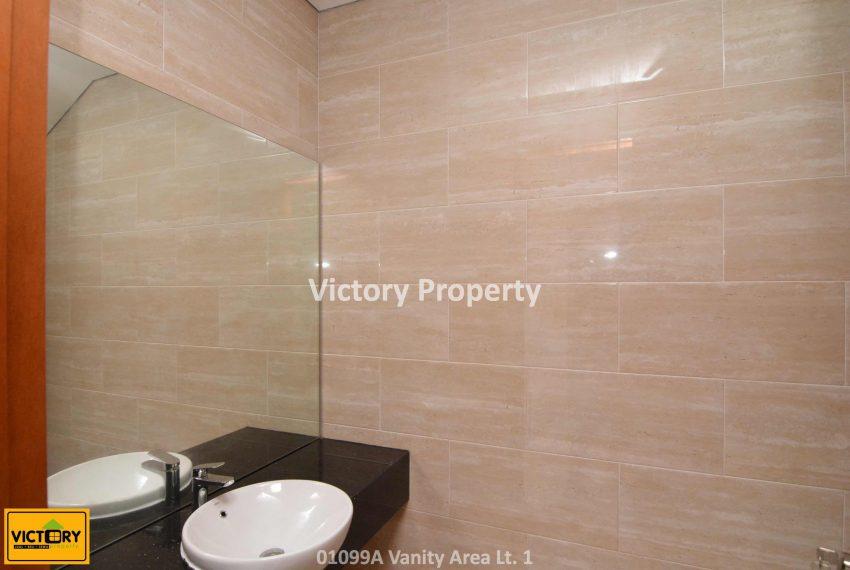 01099A Vanity Area Lt. 1